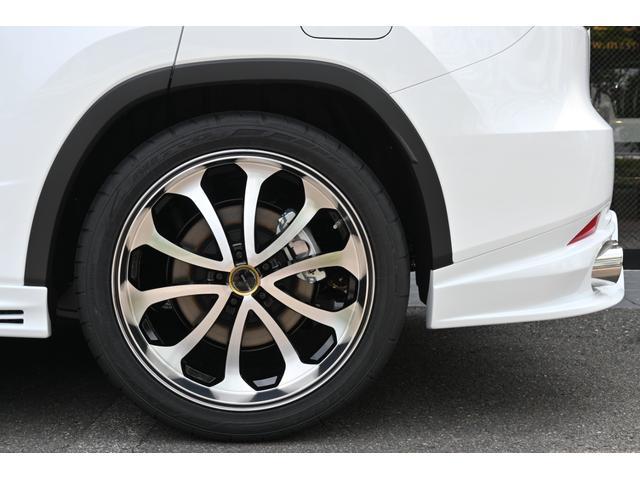 RX300 Fスポーツ ZEUS新車カスタムコンプリートカー・エアロ3点・Rゲートウィング・デイライトガーニッシュ・ダウンサス・22インチ・4本出マフラー・パノラミックビュー・アダプティブハイビーム(11枚目)