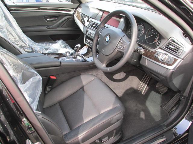 BMW BMW 523iツーリングBEAMコンプリートカー黒革リアPゲート