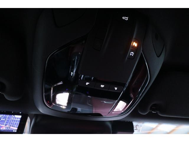 「マセラティ」「マセラティ レヴァンテ」「SUV・クロカン」「大阪府」の中古車31