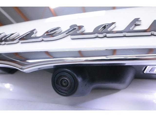 「マセラティ」「マセラティ レヴァンテ」「SUV・クロカン」「大阪府」の中古車22