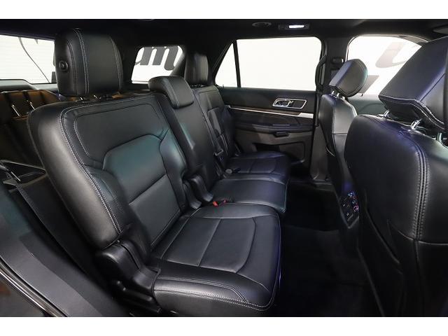 「フォード」「フォード エクスプローラー」「SUV・クロカン」「大阪府」の中古車17