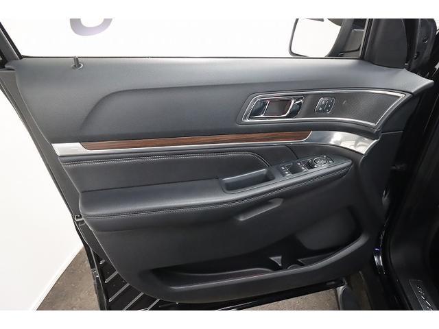 「フォード」「フォード エクスプローラー」「SUV・クロカン」「大阪府」の中古車28