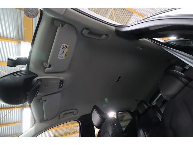 「ボルボ」「ボルボ XC40」「SUV・クロカン」「大阪府」の中古車18