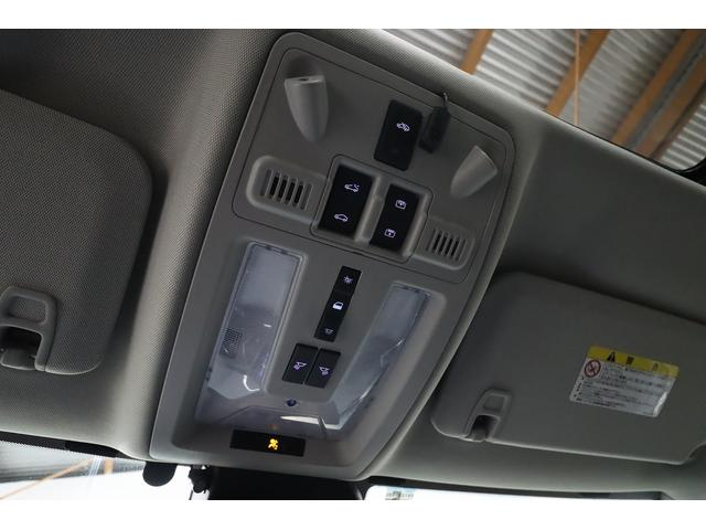 「キャデラック」「キャデラック SRXクロスオーバー」「SUV・クロカン」「大阪府」の中古車36