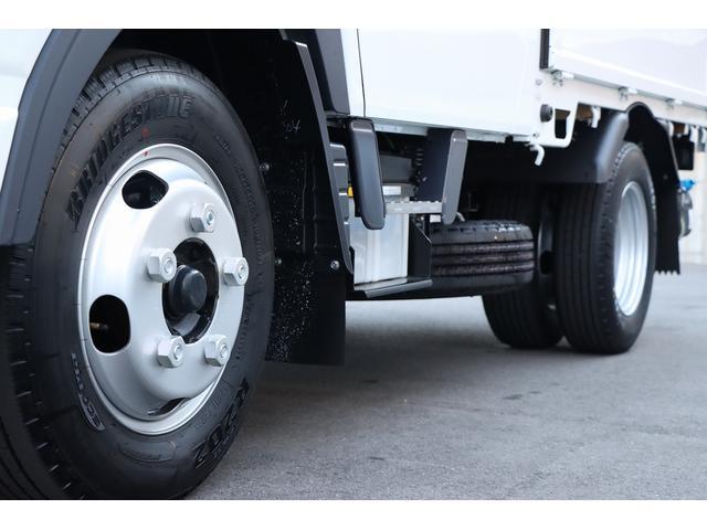 Wキャブ全低床 リアヒーター/衝突軽減ブレーキ/車両安定制御装置/左電格ミラー/Rダブルタイヤ/アドブル使用車/純正デッキ/AUX/ワンオーナー(8枚目)