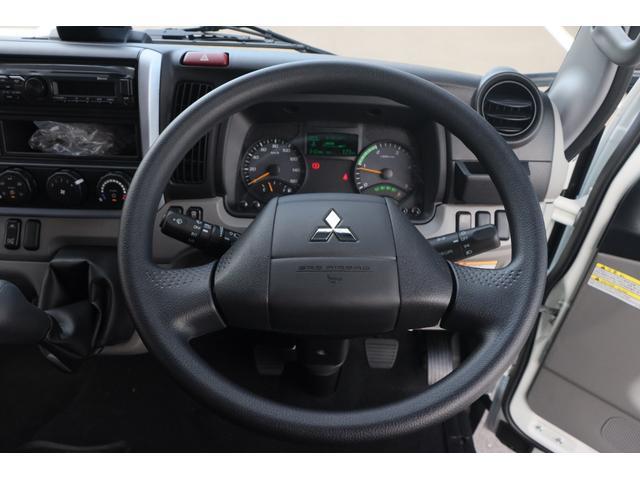 Wキャブ全低床 リアヒーター/衝突軽減ブレーキ/車両安定制御装置/左電格ミラー/Rダブルタイヤ/アドブル使用車/純正デッキ/AUX/ワンオーナー(9枚目)