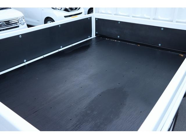 Wキャブ全低床 リアヒーター/衝突軽減ブレーキ/車両安定制御装置/左電格ミラー/Rダブルタイヤ/アドブル使用車/純正デッキ/AUX/ワンオーナー(20枚目)
