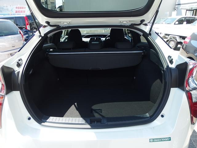 トヨタ プリウス S  スマートキー  LEDヘッドライト  オートライト