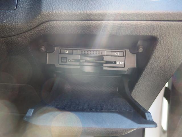 ビルトインタイプのETC車載器