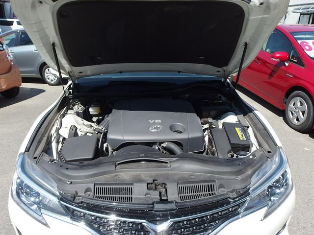 V型2.5リッター DOHCエンジン&CVT6速オートマチック
