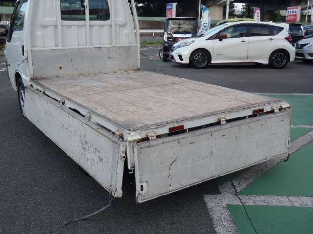 1.8 DX ダブルタイヤ 0.85t スチール荷台鉄板張り 5MT車(14枚目)