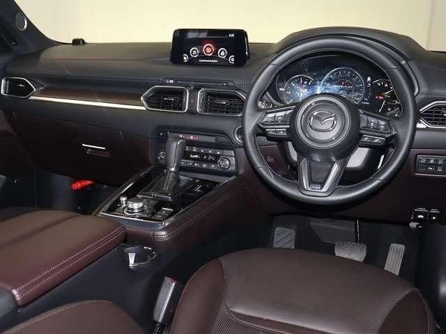 2.2 XD Lパッケージ ディーゼルターボ 4WD マツダ認定中古車 サポカー 衝突被害軽減ブレーキ マツダコネクトメモリーナビ 360度カメラ BOSEサウンド ETC 6人乗り3列シート(3枚目)