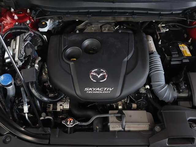 2.2 XD Lパッケージ ディーゼルターボ 4WD マツダ認定中古車 サポカー 衝突被害軽減ブレーキ マツダコネクトメモリーナビ 360度カメラ BOSEサウンド ETC 6人乗り3列シート(16枚目)