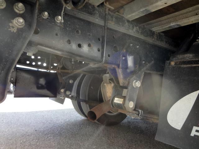 いすゞ エルフトラック パネルバン 1.5t 4WD NOX適合