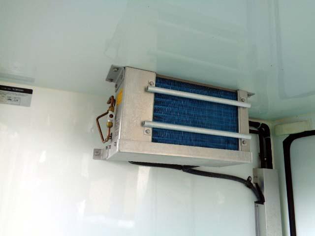 中温冷蔵冷凍車 350kg(13枚目)