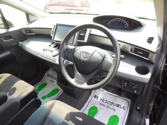 車内ルームクリーニング施工済でお客様のご納得頂ける綺麗さです!!