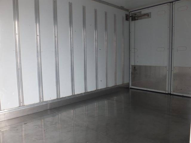 2.0t冷蔵冷凍車サイド扉付き-30℃設定5MT(13枚目)