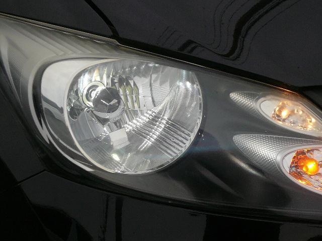 ヘッドライトはHIDで明るいですよ!