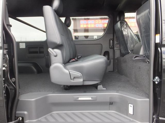 スーパーGL ダークプライムII 6型新車未登録ディーゼルTBモデリスタFエアロハーフレザー両側電動SRSエアバッグTOYOTAセフティーセンスPVM100V電源LEDヘッドライト新品mobleベッドキットPスタートスマートキー(29枚目)