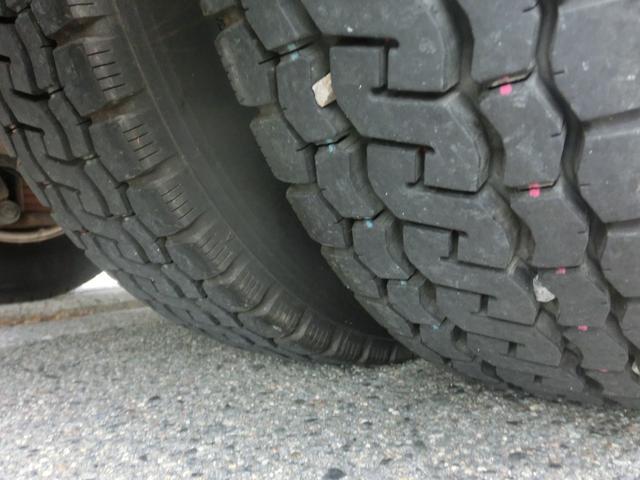 ■リアはWタイヤで溝もまだまだ残っています!!フロントタイヤの溝もまだまだ残っています!!■
