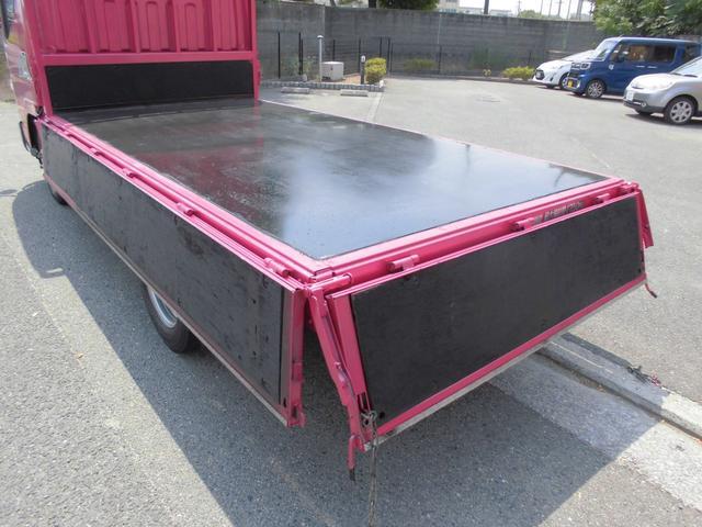 ■荷台底は鉄板です■