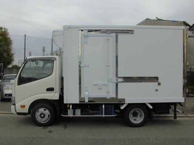 冷蔵冷凍車 スタンバイ バックカメラ 衝突防止(13枚目)