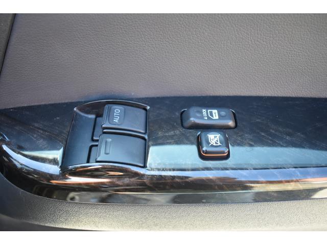 スーパーGL ダークプライムII ハイエース ダークプライム2 ブラックパール プッシュスタート LEDヘッドライト 両側スライドドア リアガラス窓有 TVナビ有 ETC有 バックカメラ 内張天井ブラック スマートキー 1オーナー(5枚目)