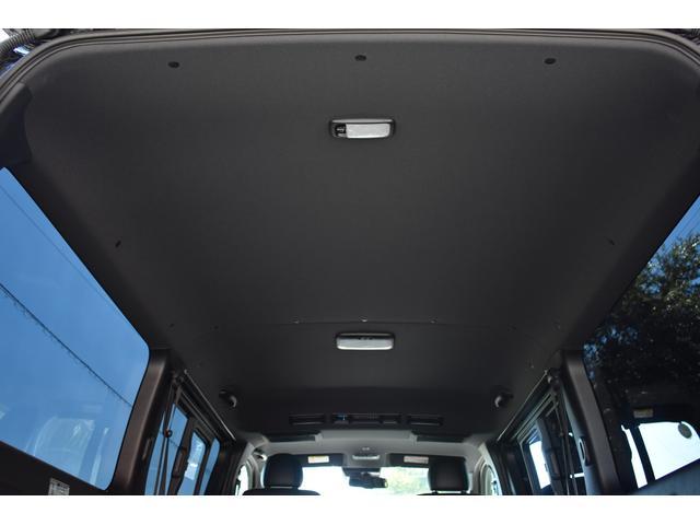 スーパーGL ダークプライムII ハイエース ダークプライム2 ブラックパール プッシュスタート LEDヘッドライト 両側スライドドア リアガラス窓有 TVナビ有 ETC有 バックカメラ 内張天井ブラック スマートキー 1オーナー(13枚目)