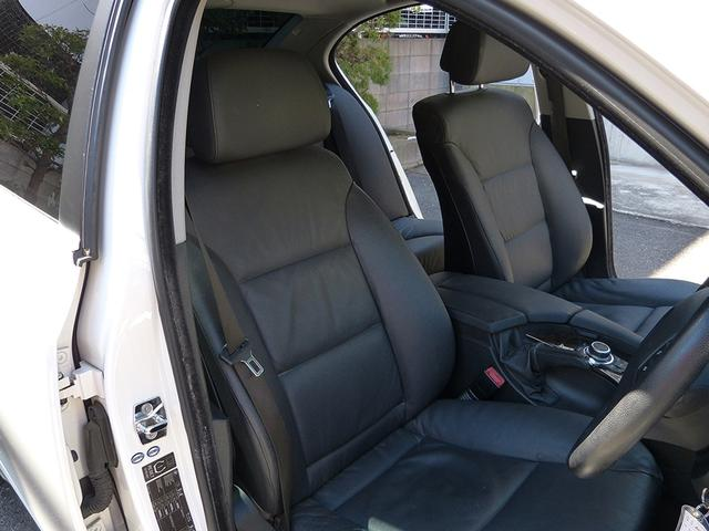 BMW BMW 525iハイラインPkg 黒革HDD地デジBカメ 19AW