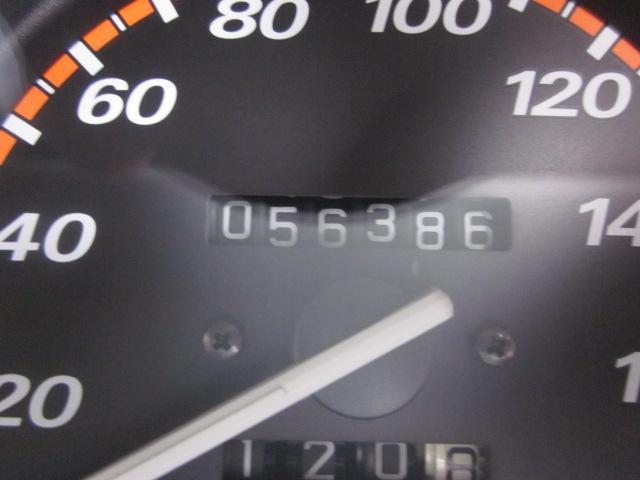 ワンオーナー記録簿4WD実走5.6万キロ(4枚目)