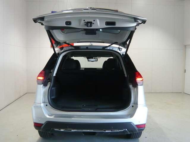 20Xi 【2WD】NissanConnectナビゲーション&フルセグ&プロパイロット&リモコンオートバックドア&LEDへッドライト&ETC(3枚目)