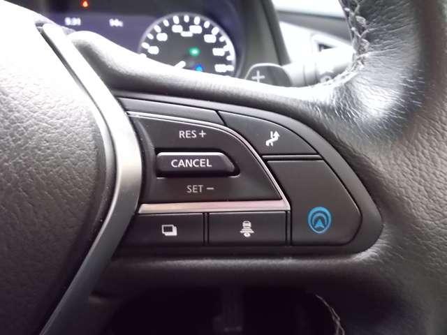『プロパイロット2.0』ハンズオフドライブで長距離運転も快適★車線変更にも対応しています!