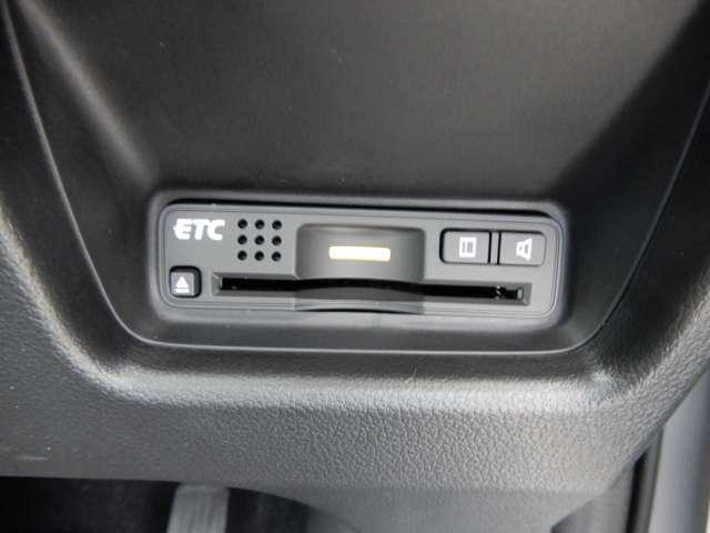 20G HDDナビ リヤカメラ ワンオーナー車(3枚目)