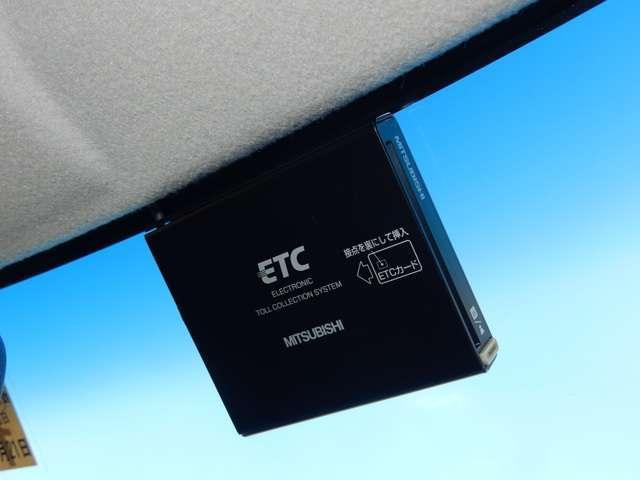 G・Lパッケージ メモリーナビ バックカメラ ETC ディスチャージヘッドライト(16枚目)