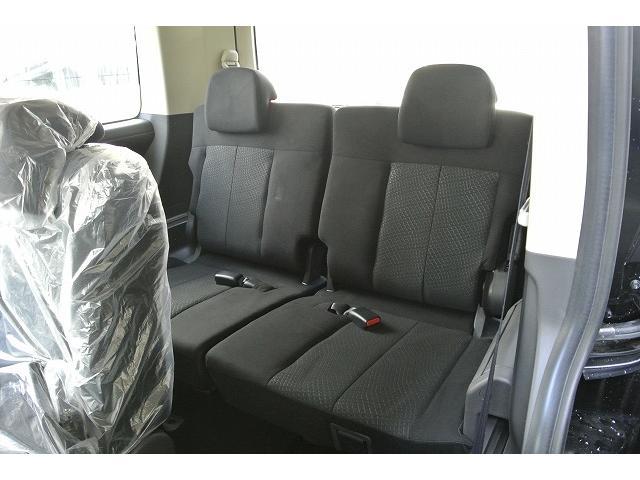 三菱 デリカD:5 D パワーパッケージ4WD未使用車