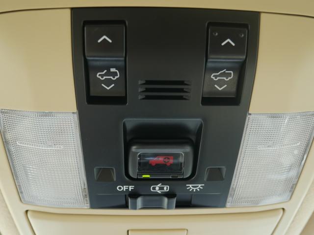 TZ-G 2.8ディーゼルターボ 4WD メーカーオプションナビ サンルーフ モデリスタウイングデッキ マフラー 全周囲カメラ フランクセン革シート AW ETC 7名乗り クルコン パワーシート 3列シート(12枚目)