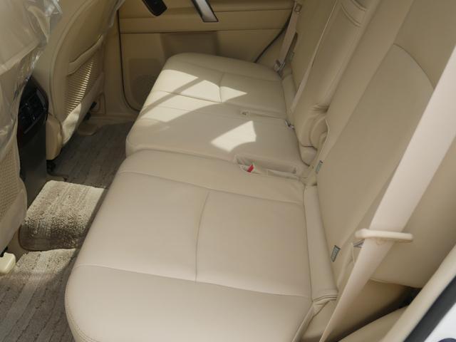 TZ-G 2.8ディーゼルターボ 4WD メーカーオプションナビ サンルーフ モデリスタウイングデッキ マフラー 全周囲カメラ フランクセン革シート AW ETC 7名乗り クルコン パワーシート 3列シート(37枚目)
