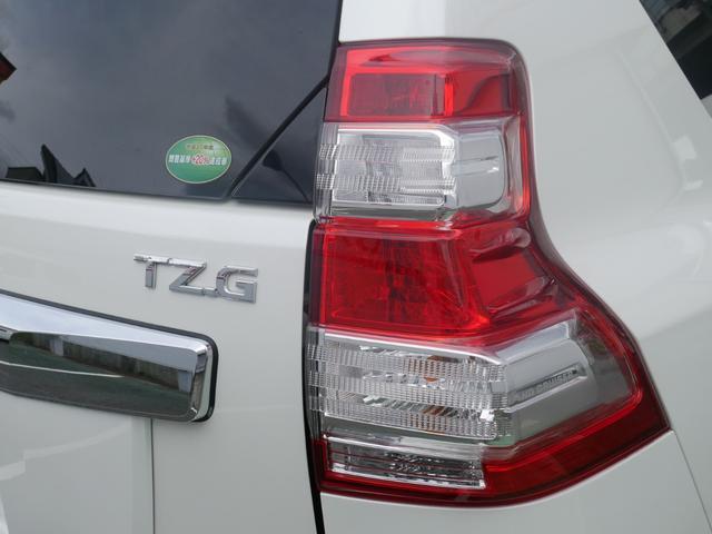 TZ-G 2.8ディーゼルターボ 4WD メーカーオプションナビ サンルーフ モデリスタウイングデッキ マフラー 全周囲カメラ フランクセン革シート AW ETC 7名乗り クルコン パワーシート 3列シート(65枚目)