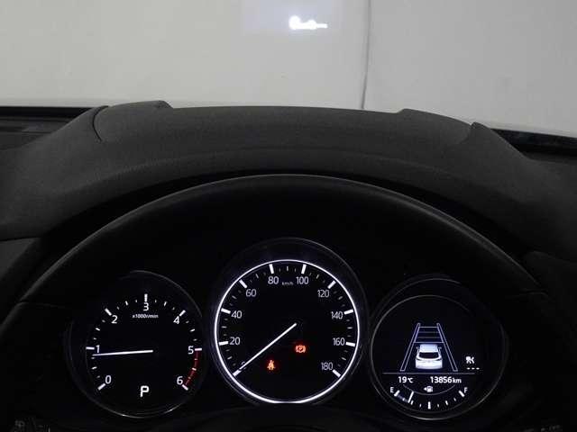 2.2XDプロアクティブ ディーゼルターボ 4WD セカンドベンチシート(7枚目)