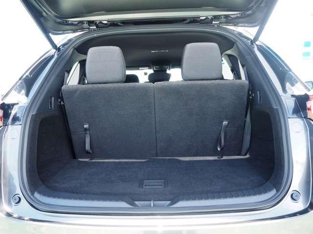 2.2XDプロアクティブ ディーゼルターボ 4WD セカンドベンチシート(15枚目)