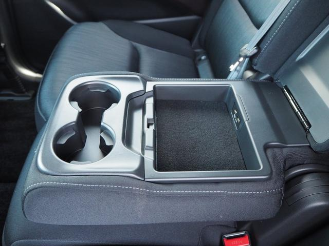 2.2XDプロアクティブ ディーゼルターボ 4WD セカンドベンチシート(33枚目)