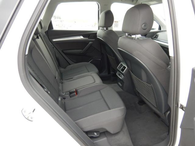「アウディ」「アウディ Q5」「SUV・クロカン」「大阪府」の中古車18