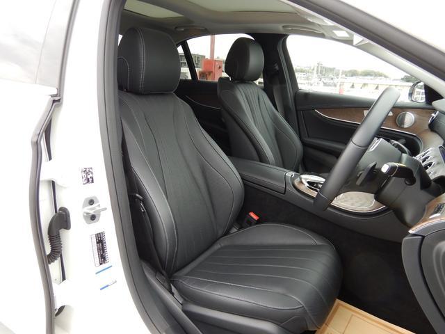 E450 4マチック エクスクルーシブ エクスクルーシブパッケージ パノラミックスライディングルーフ シートヒーター&ベンチレーション 禁煙車(8枚目)