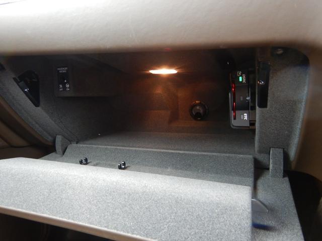 マカン スポーツデザインパッケージ ランニングボード スポーツクロノ パノラマルーフシステム スポーツテールパイプ プラスチックサイドブレード ペイントインテリアパッケージ OP387 禁煙車(14枚目)
