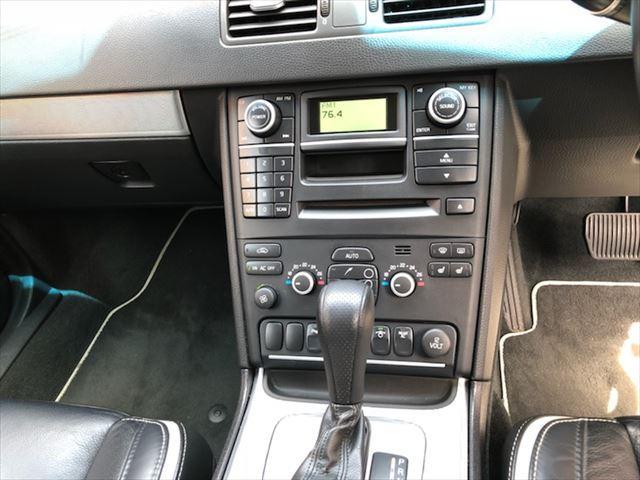 ボルボ ボルボ XC90 3.2 スポーツ限定車ワンオーナ禁煙本革シートHDDナビTV