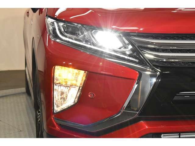 G ワンオーナー 後側方車両検知システム レーダークルーズコントロール フルセグメモリーナビ バックカメラ LEDヘッドライト 禁煙車(5枚目)