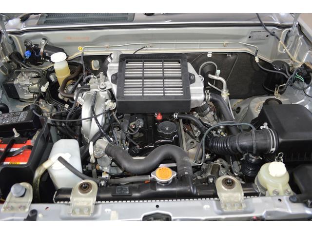 当社整備工場にて24ヶ月点検 車検整備お渡し。エンジンオイル、オイルエレメント、ワイパーゴムを交換してお渡しさせて頂きます。