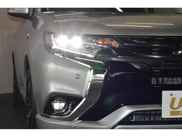 暗い夜道も明るく照らす『LEDヘッドランプ&ビルトインLEDフォグランプ』☆☆夜のドライブも視界は良好で安全運転の強いミカタです☆☆