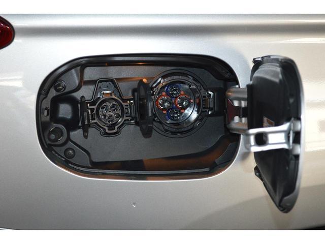 普通充電&急速充電にも対応!もちろん、外部充電なしでもエンジンが発電するので安心です!