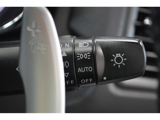 オートライトコントロール装備★☆トンネルの多いハイウェイでヘッドランプを自動でON・OFF☆★役立ちます。